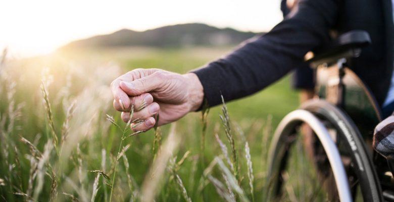 Il PNRR e gli anziani non autosufficienti